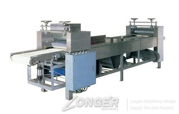 <b>Multifuctional Cream Spreading Machine for Making Wafer Biscuit</b>